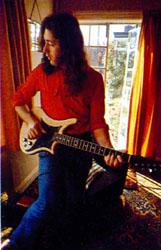 Guitares électriques - Page 3 Hand-06